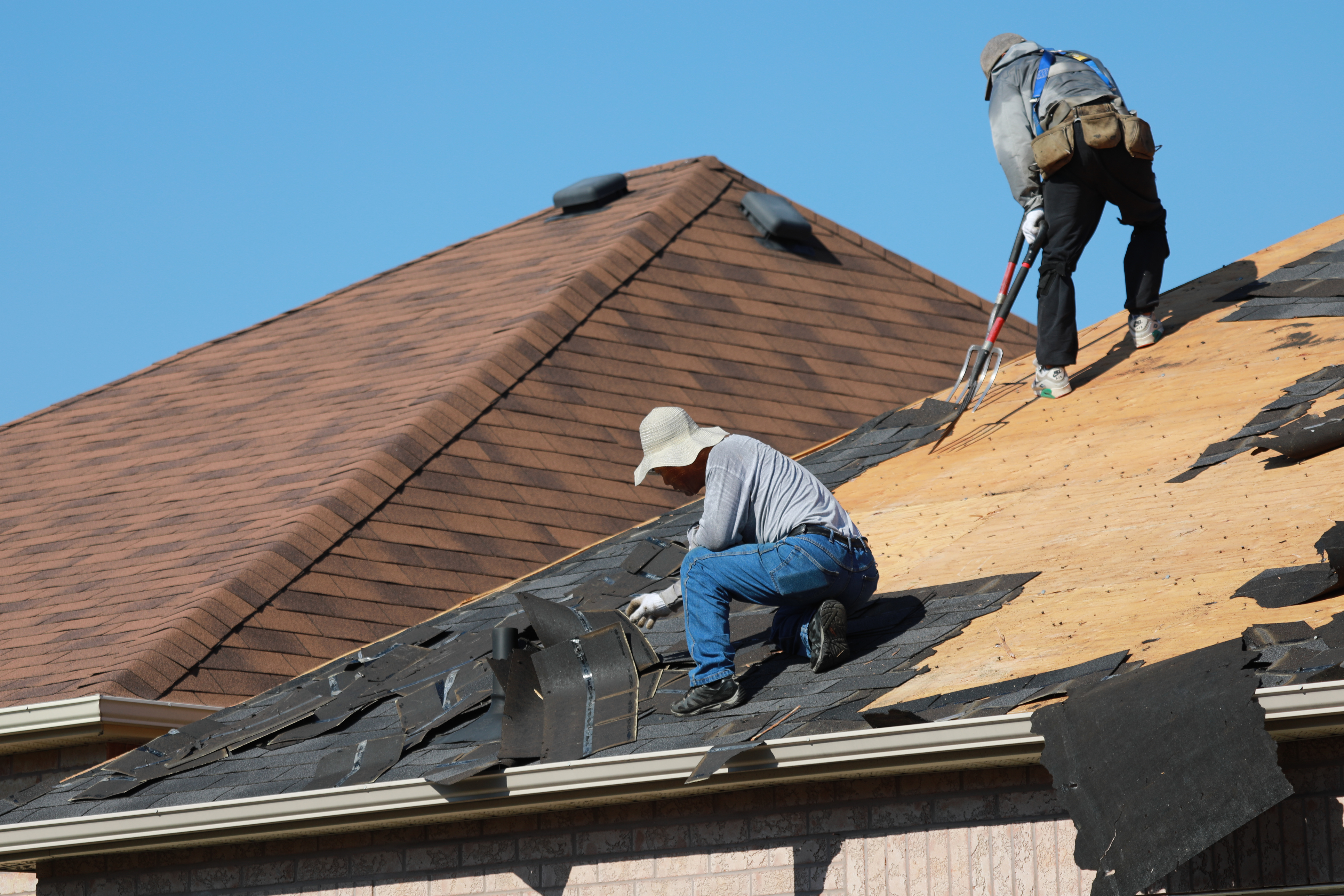 The roofing experts at Thomas Quality Construction will make the process of roof replacement as easy as possible.