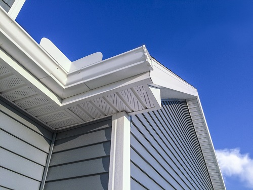 Thomas Quality Construction does quality gutter work, siding installation and excellent replacement window service.